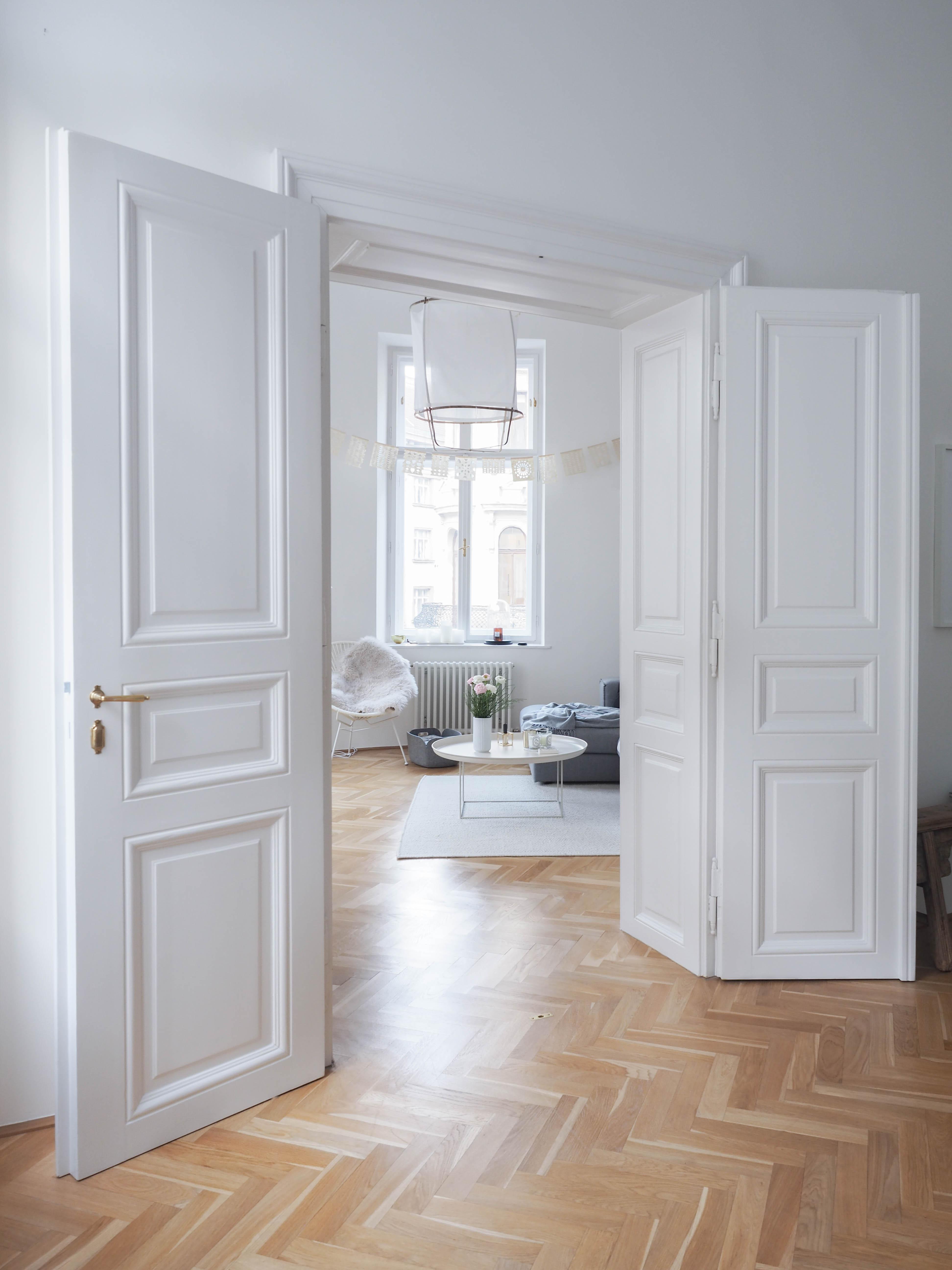 Traumzuhause fl gelt r wohnzimmer altbau traumzuhause - Altbau wohnzimmer ...