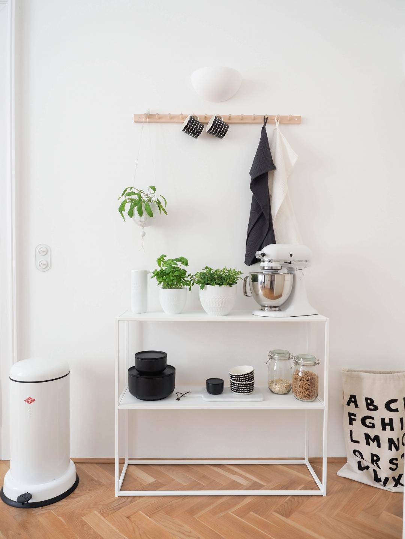 kr utergarten in der k che mein momentanes. Black Bedroom Furniture Sets. Home Design Ideas