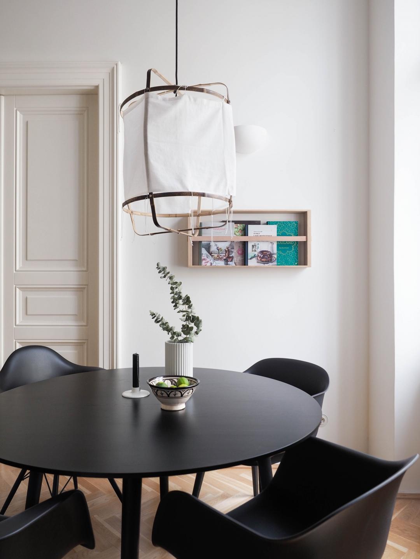 magazinhalter von skagerak. Black Bedroom Furniture Sets. Home Design Ideas