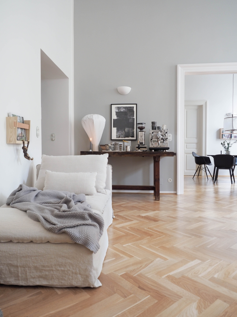 graue wandfarbe von farrow ball. Black Bedroom Furniture Sets. Home Design Ideas